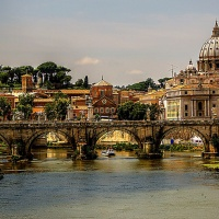 53 milioni di euro per gestire i campi Rom a Roma, la Magistratura indaga