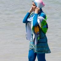 Tunisia: tra burkini e bikini