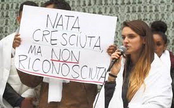 Non siamo ancora italiane/i: Una legge ferma al Senato